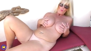 busty sexy mom bating in sunglasses