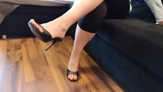got inspired to film my wifes feet like this